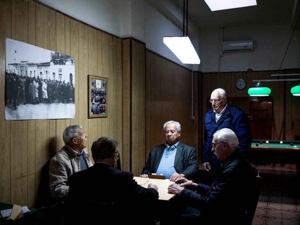 Mitglieder des Philanthropischen Vereins in Augusta spielen Karten, Augusta, 2019